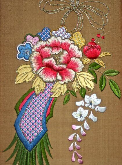 Silk and Metal Thread Embroidery Class