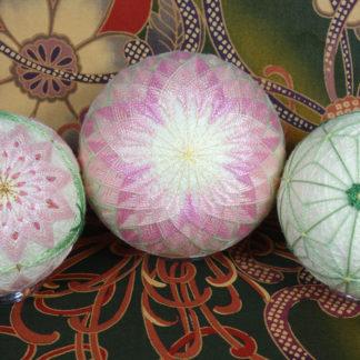 Fancy Flowers Temari with Barbara B. Suess
